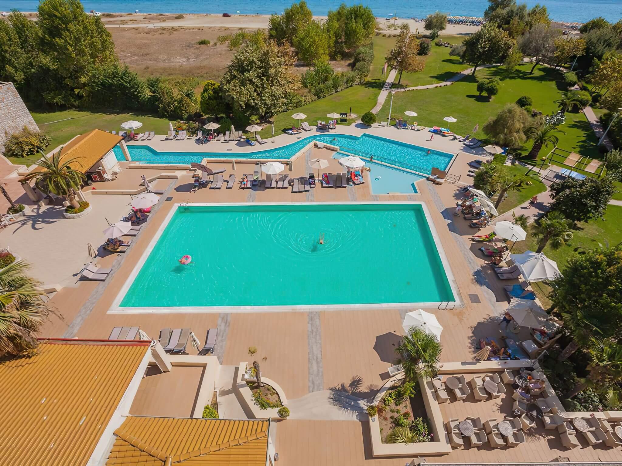 Bomo Olympus Grand Resort - басейн