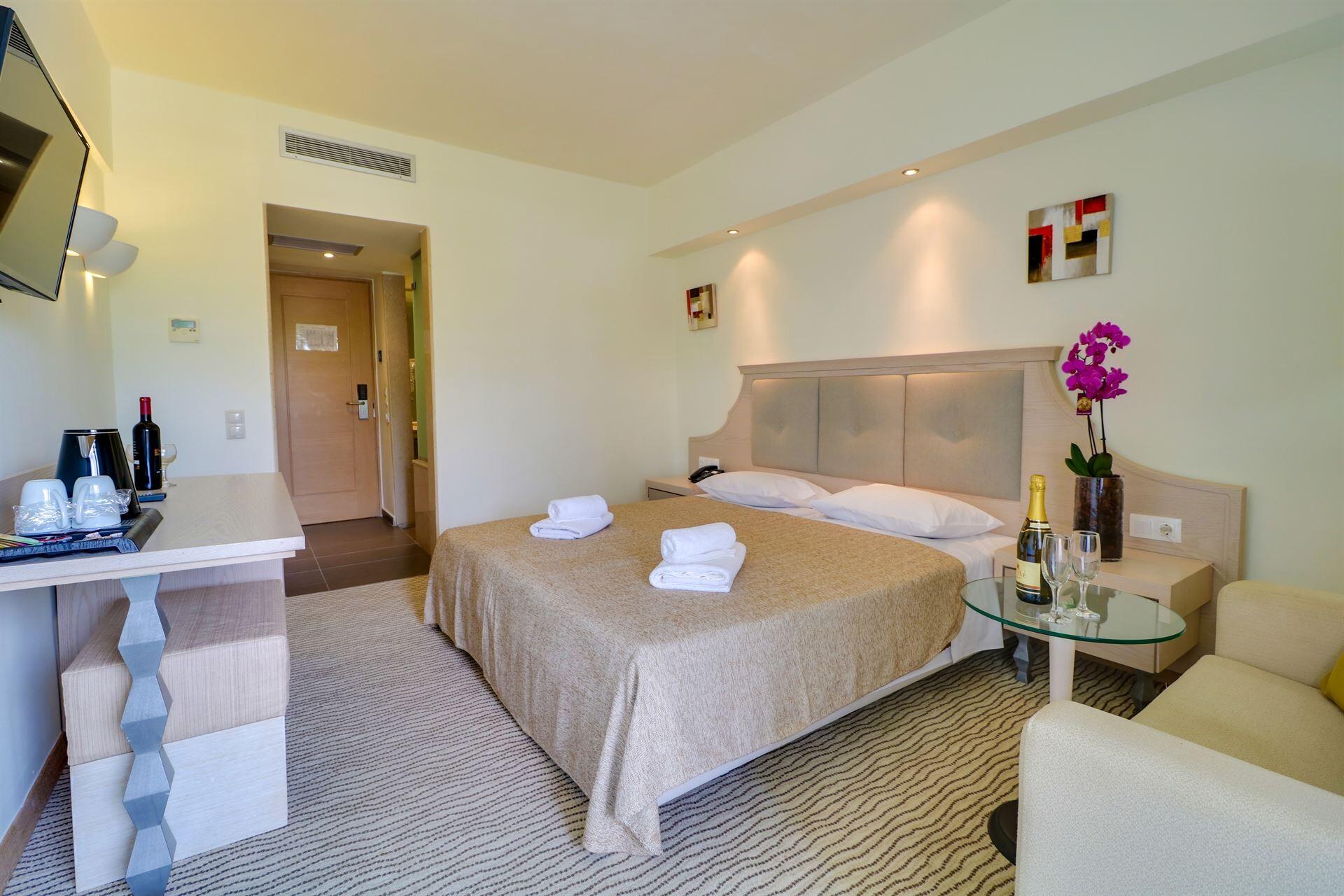 Bomo Olympus Grand Resort - семейна стая в основната сграда