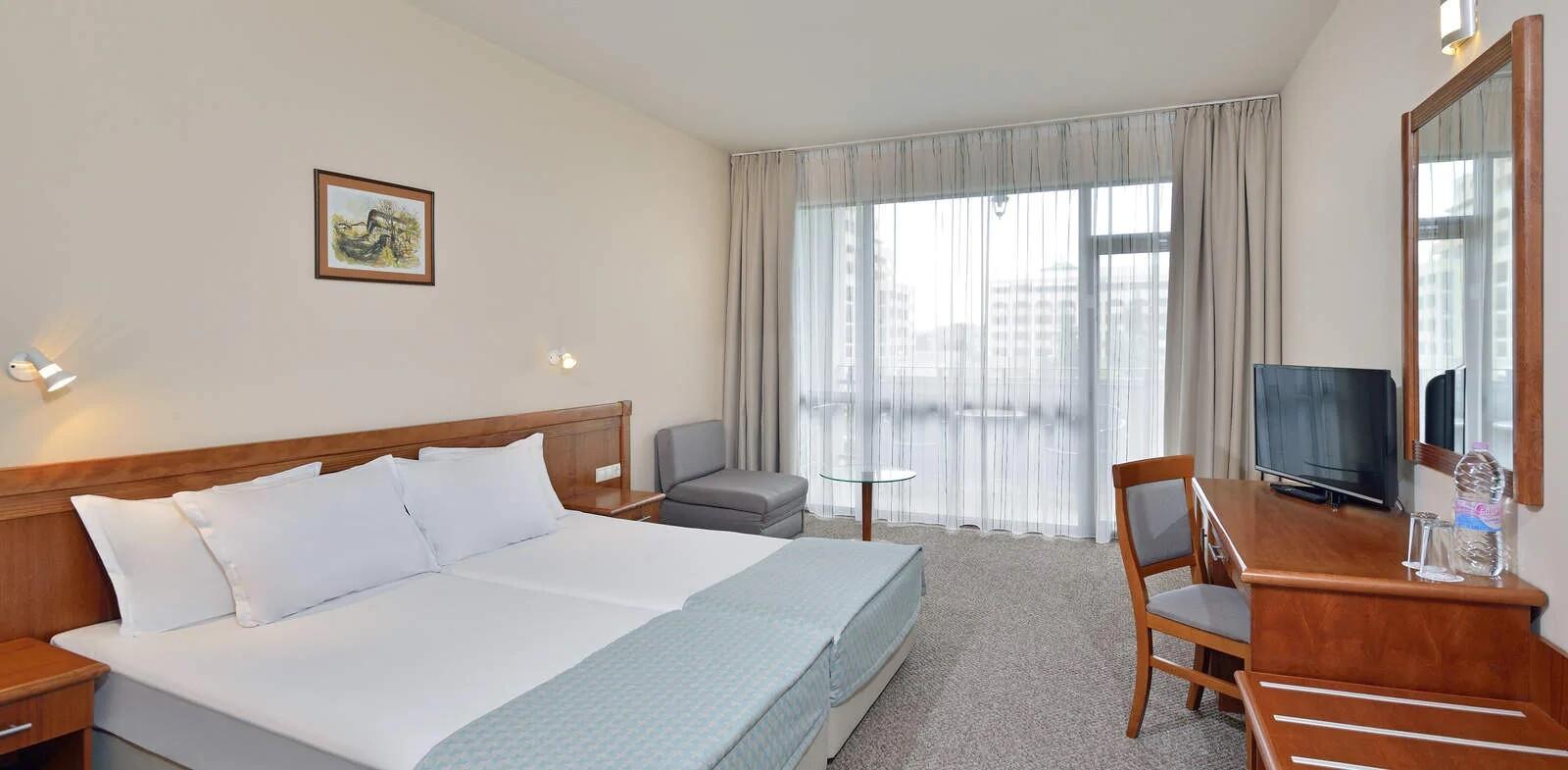 Хотели Сол Несебър Бей и Маре - стая