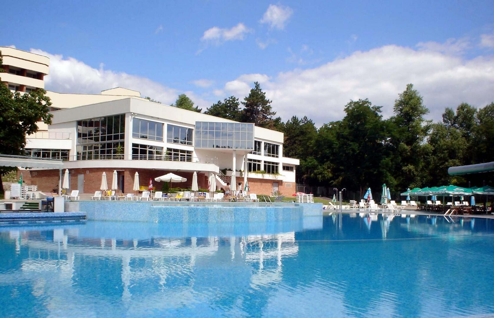 Спа Хотел Хисар - басейн