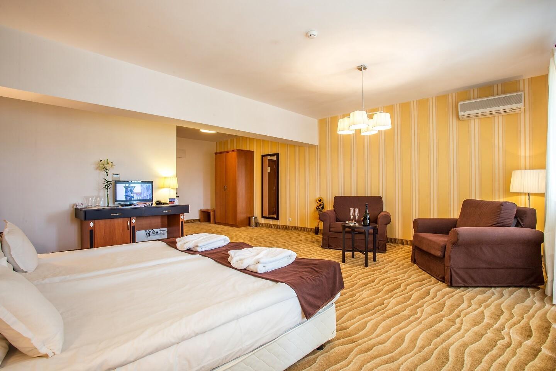 Двойна лукс стая