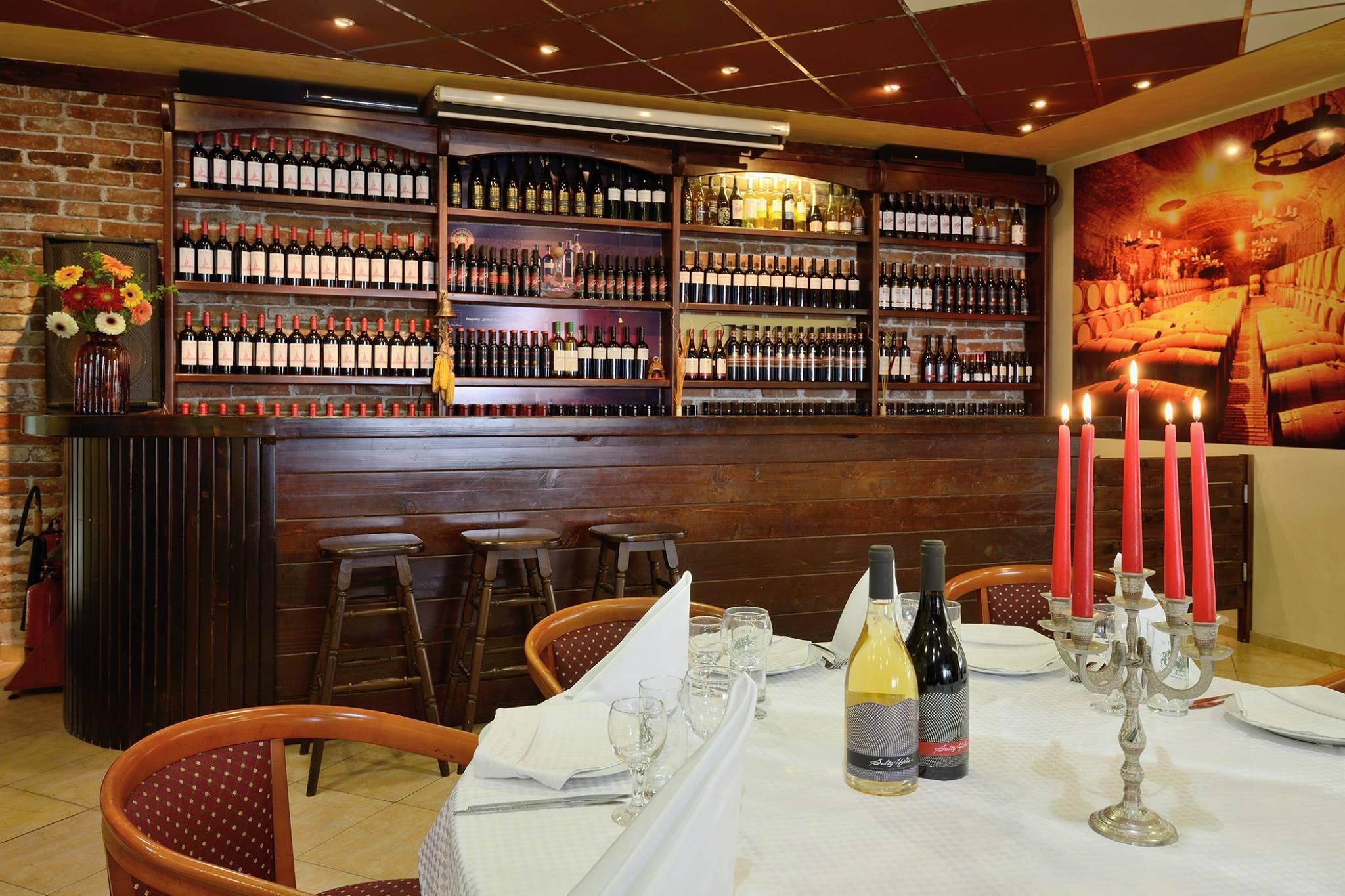 Спа Хотел Аугуста - ресторант с вина