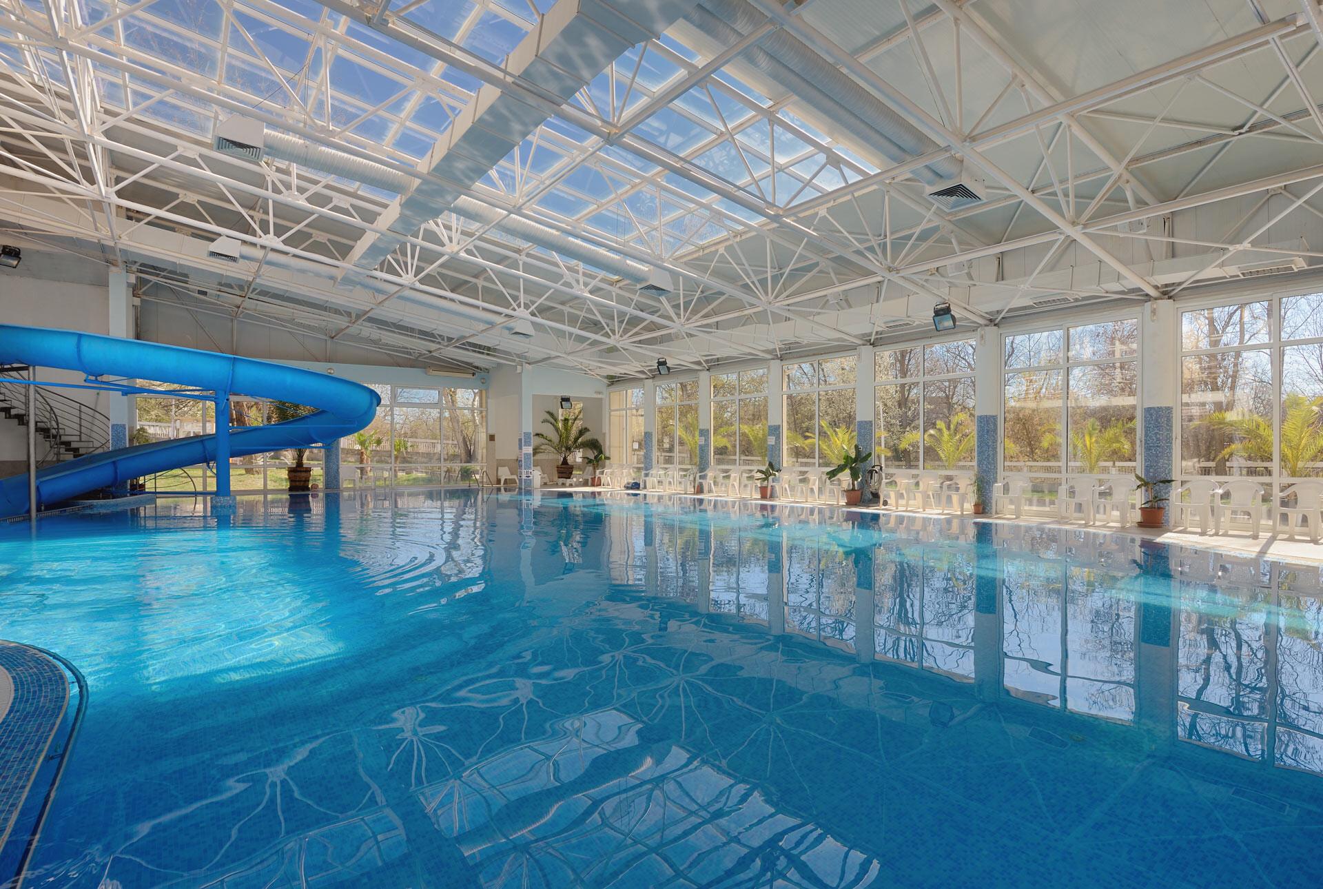 Спа Хотел Аугуста - вътрешен басейн