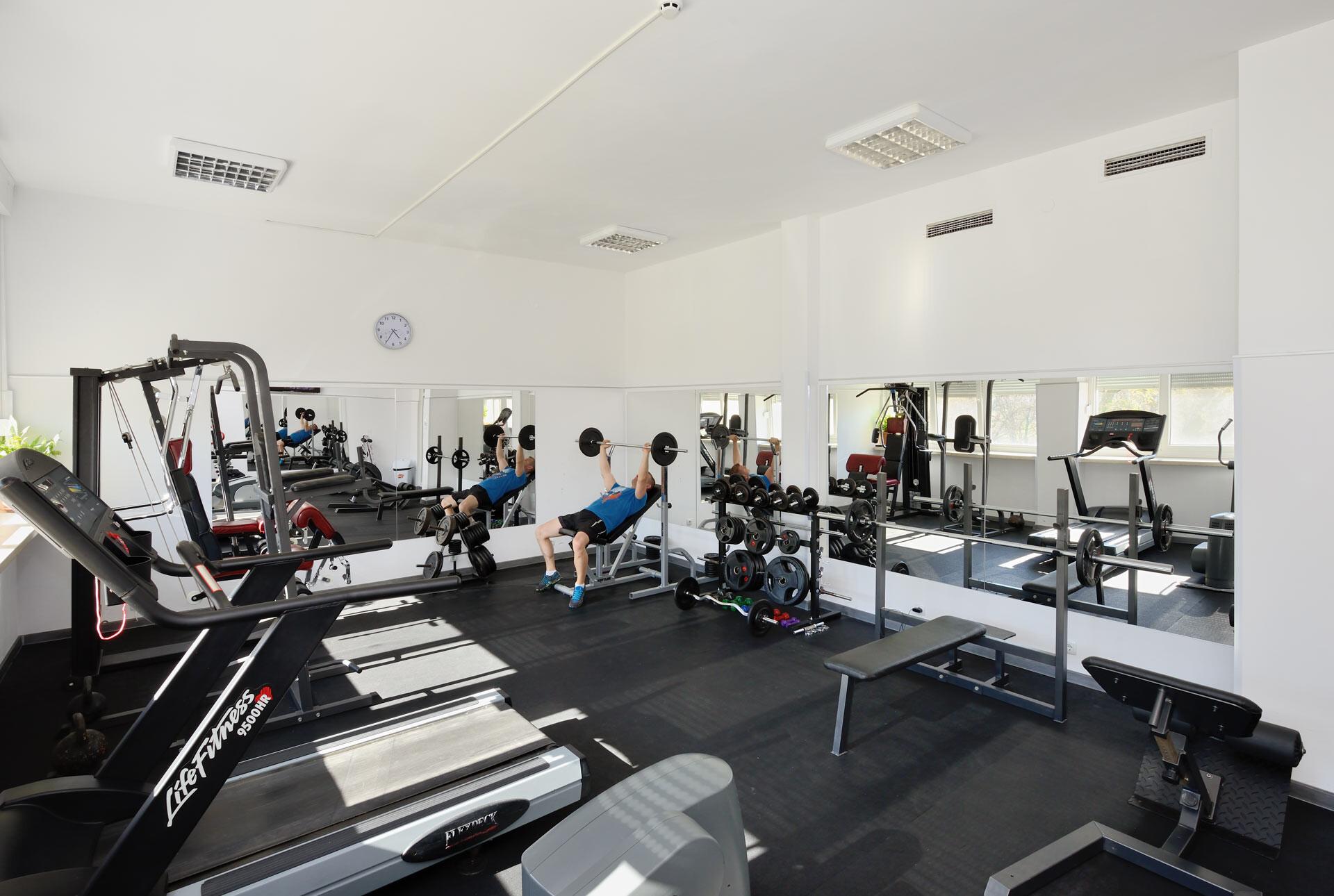 Спа Хотел Аугуста - фитнес зала