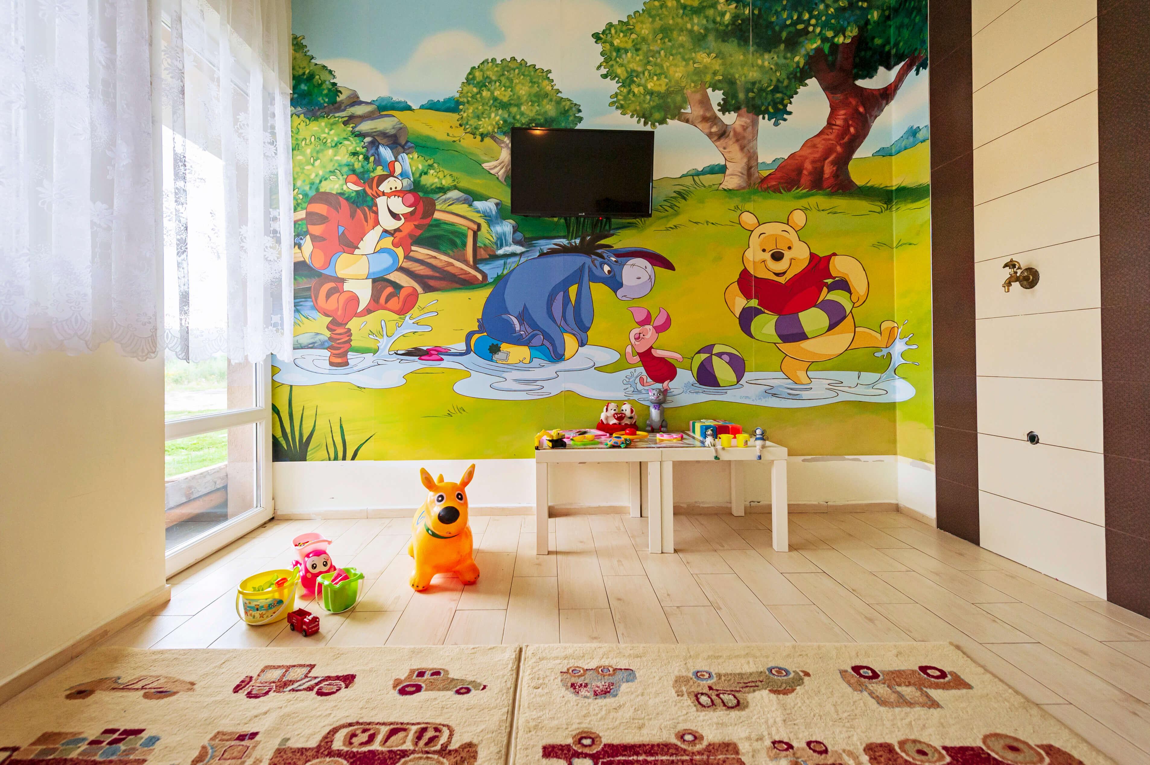 Севън Сийзънс Хотел и СПА - детска стая