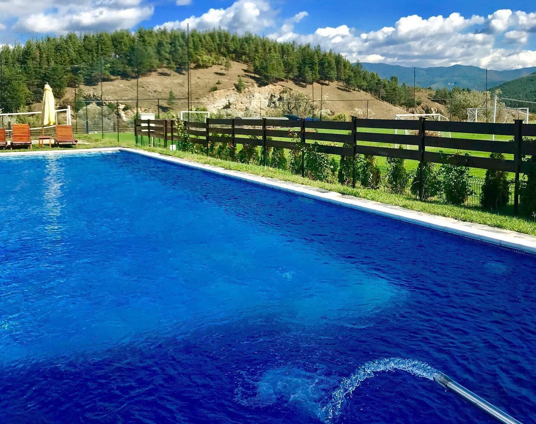 Хотел Орбел - басейн