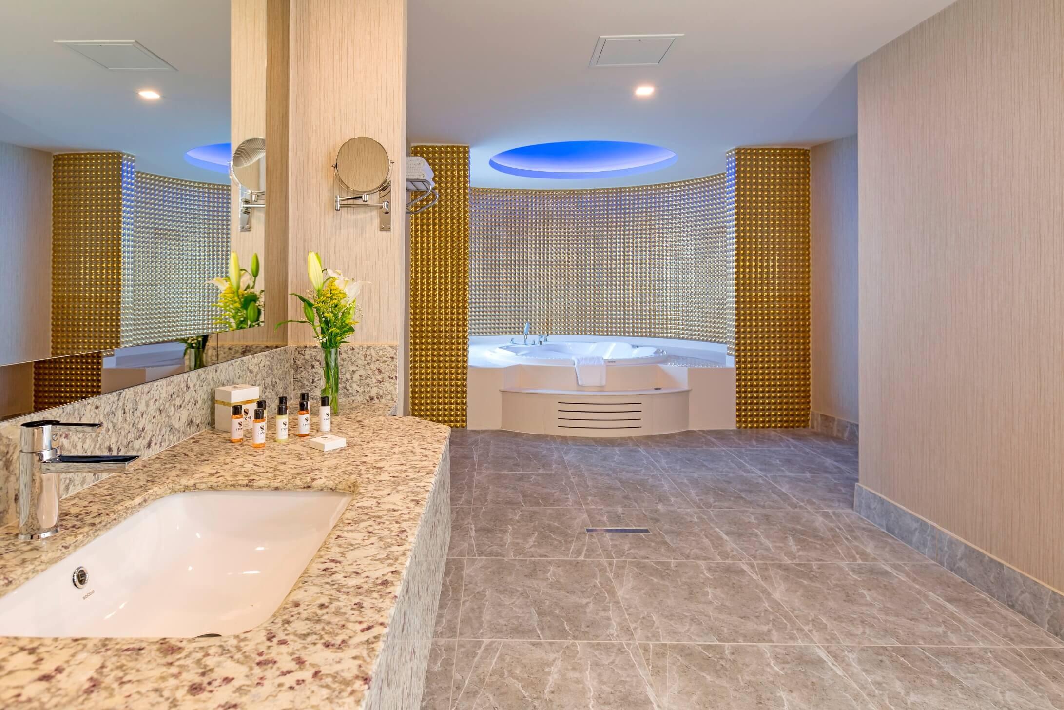 Royal Seginus - баня