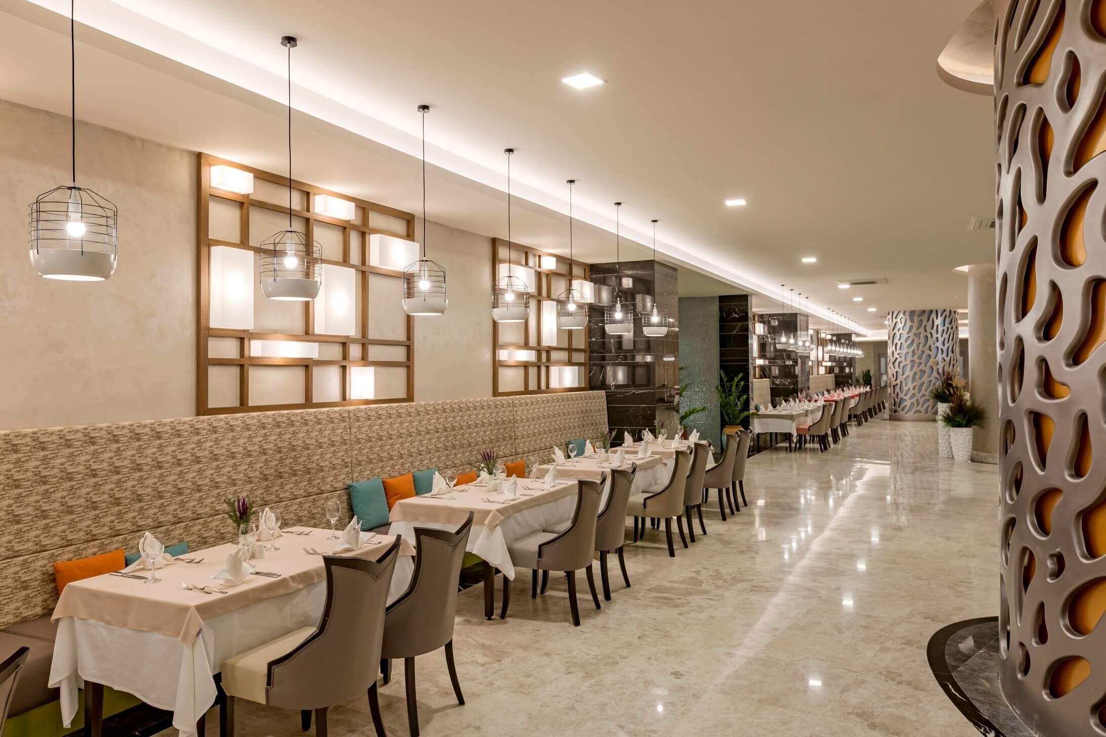 Royal Seginus - ресторант