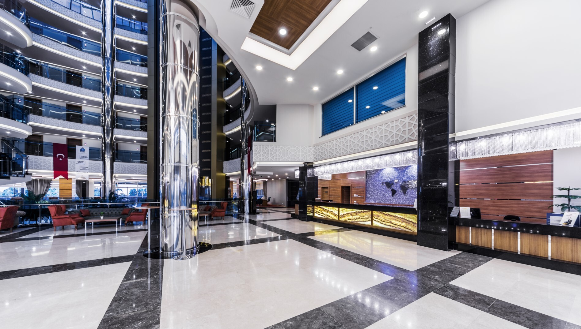 Lonicera Resort & Spa Hotel  - рецепция