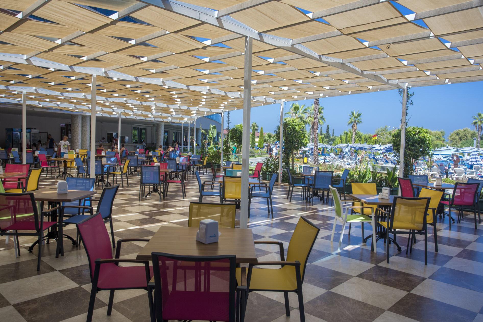 Lonicera Resort & Spa Hotel  - бар