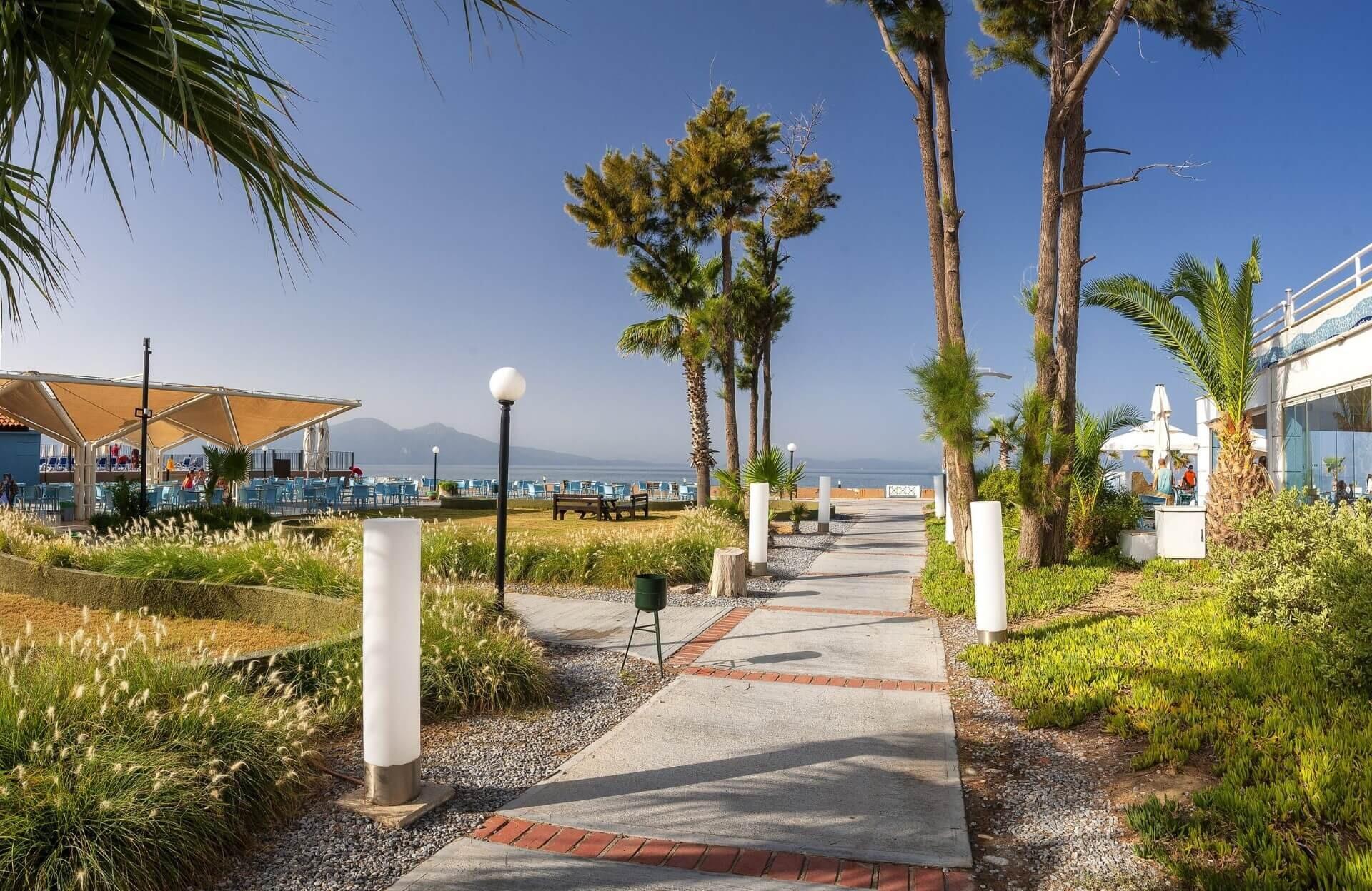 Ephesia Holiday Beach - градина