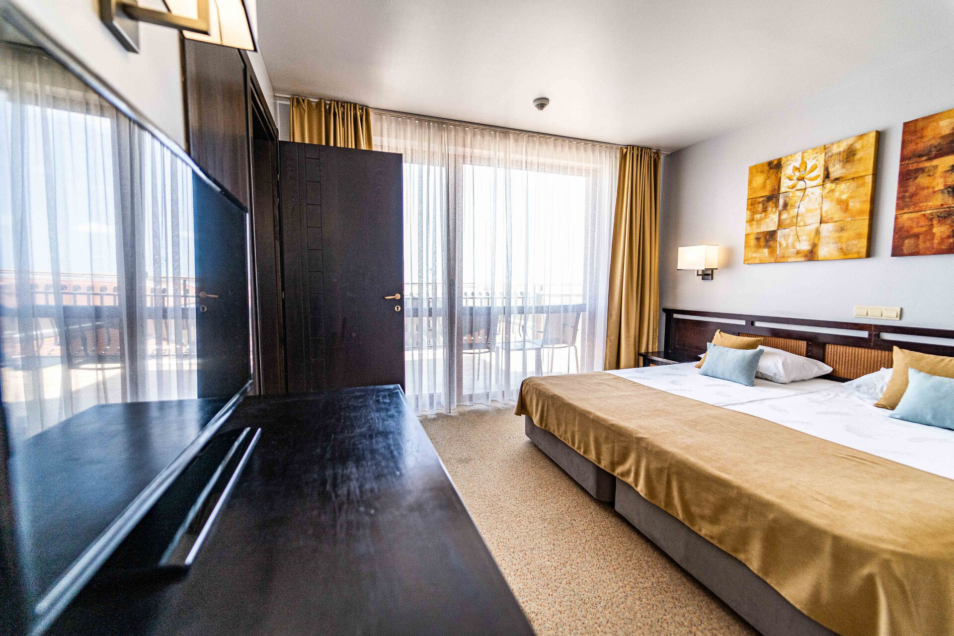 Хотел Мирамар 4* - апартамент