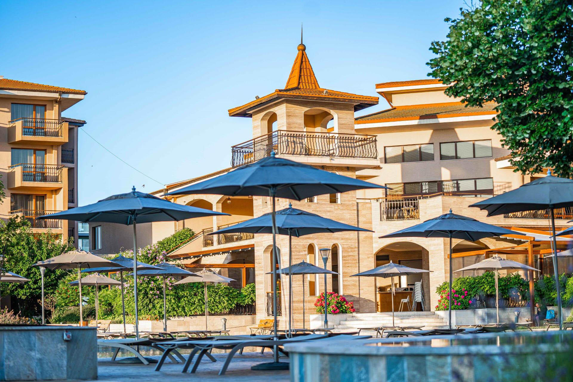 Хотел Мирамар 4* - басейн