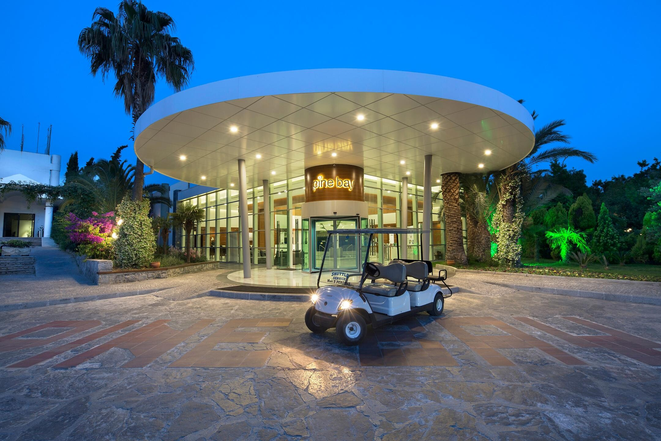 Pine Bay Holiday Resort - вход