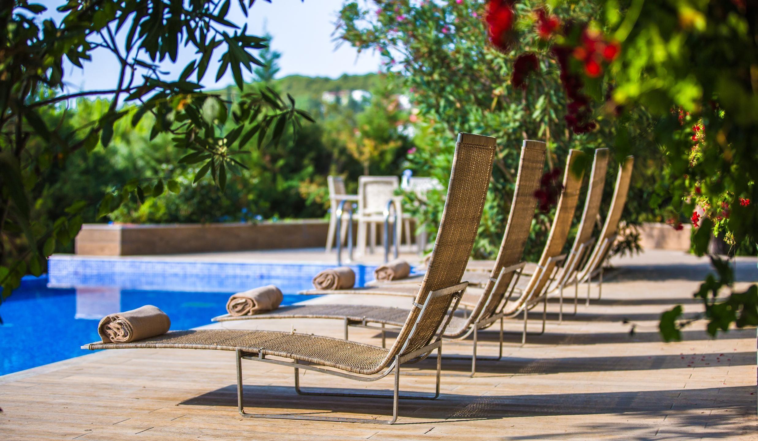 Pine Bay Holiday Resort - басейн