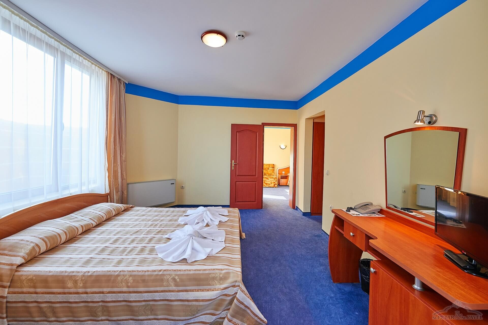 хотел Св. Св. Петър и Павел - двуспален апартамент