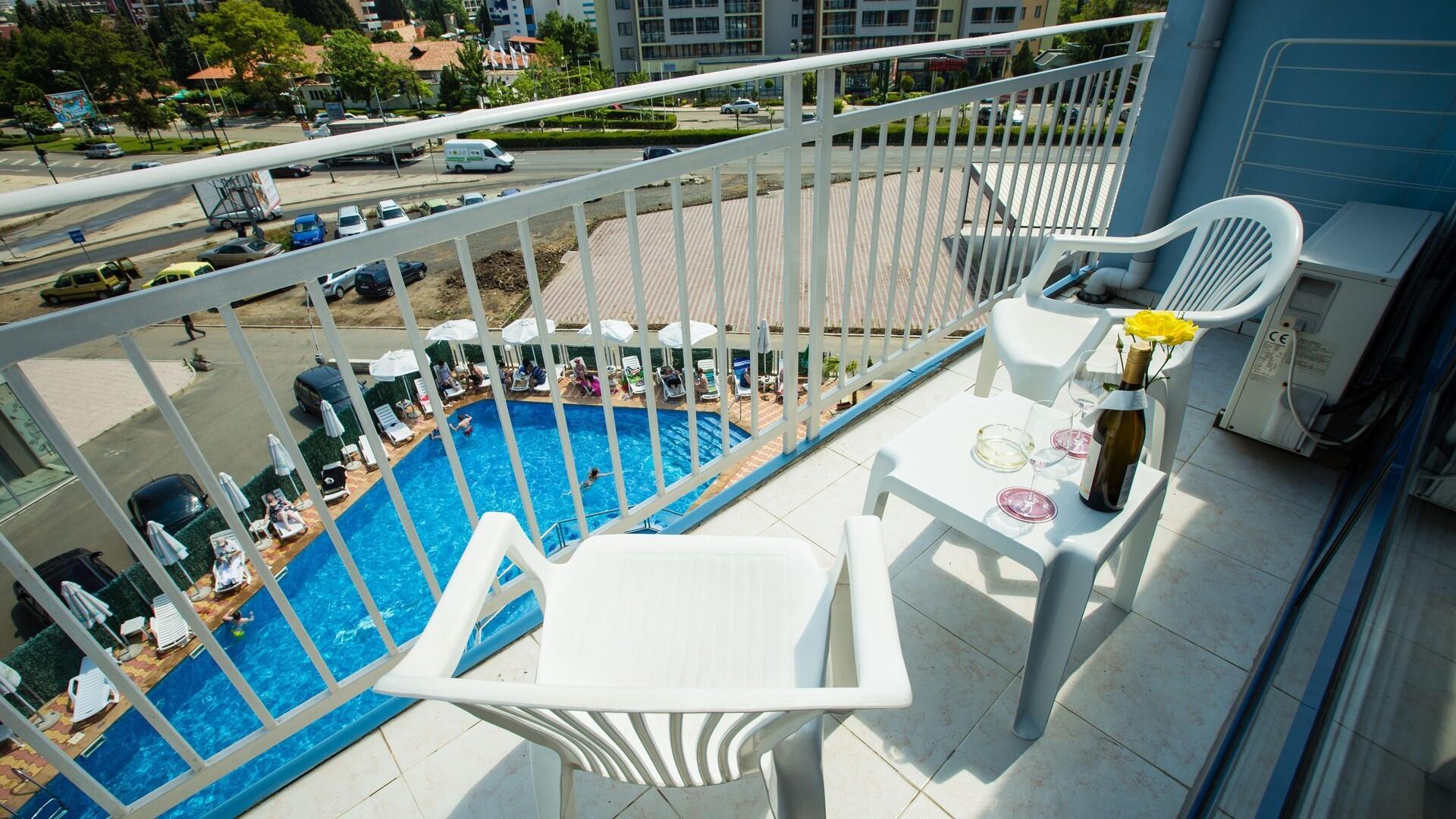 Хотел Бохеми - балкон